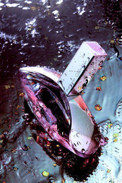 Парфюмерная вода Calvin Klein Euphoria ♀ Ассортимент Calvin Klein ↪️ #lux_calvin_klein ---------- Оригинал (Франция) ✅Новая цена: 2 626 ₽ 50 мл В НАЛИЧИИ имеются другие объемы ---------- Тестер оригинала (Франция) ✅Новая цена: 3 287 ₽ 100 мл В НАЛИЧИИ имеются другие объемы ----------⠀⠀⠀ Один вдох этого парфюма и даже самый серый пасмурный день раскраситься яркими цветами красок. Магическая парфюмерная композиция Calvin Klein Euphoria открывается прекрасным букетом из верхних нот теплого…