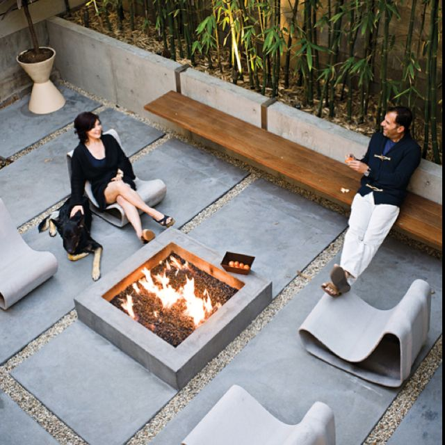Concrete Firepit And Retaining Wall For Planters With Built In Bench Seats Love How The Benches Hang Onto The Wall Outside Spaces Pinterest