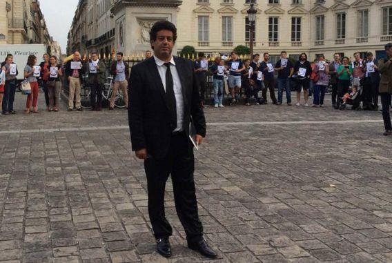 "Meyer Habib aréagità l'agressionantisémitede Marseille. Voici ses propos sur sa page Facebook: ""AGRESSION TERRORISTE D'UN PROFESSEUR JUIF A MARSEILLE :"