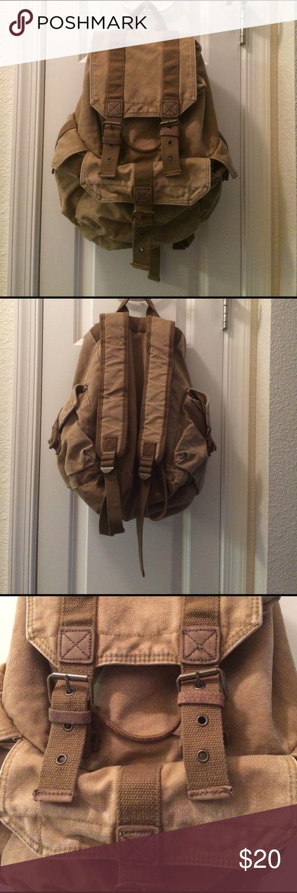 Old Navy Vintage Back Pack. Very cute Old Navy Vintage backpack 🎒. Never used and very original. Old Navy Bags Backpacks