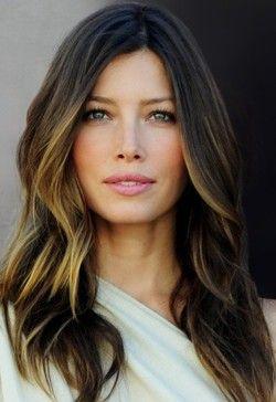 Jessica Biel: pontas mais claras = rosto iluminado cabelos tintura JessicaBiel sexy