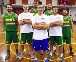 Atletas do basquete já treinam com a seleção