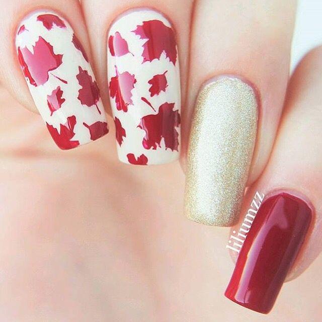 Falling for Autumn Amazing manicure by @liliumzz❤️ - Leaf #NailVinyls www.snailvinyls.com