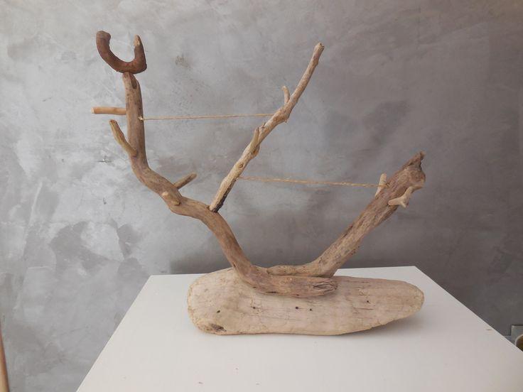 pr sentoir bijou en bois flott et corde de chanvre presentoir bo tes par petit bois flotte. Black Bedroom Furniture Sets. Home Design Ideas