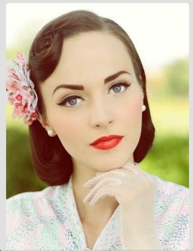 Maquillage yeux bleus en style vintage yeux bleus belles femmes et les yeux - Maquillage mariage yeux bleu ...