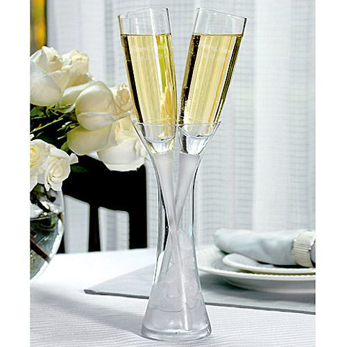 This is exactly what I want !!!!!! Engraved Champagne Flutes in Crystal Vase by Beau-coup