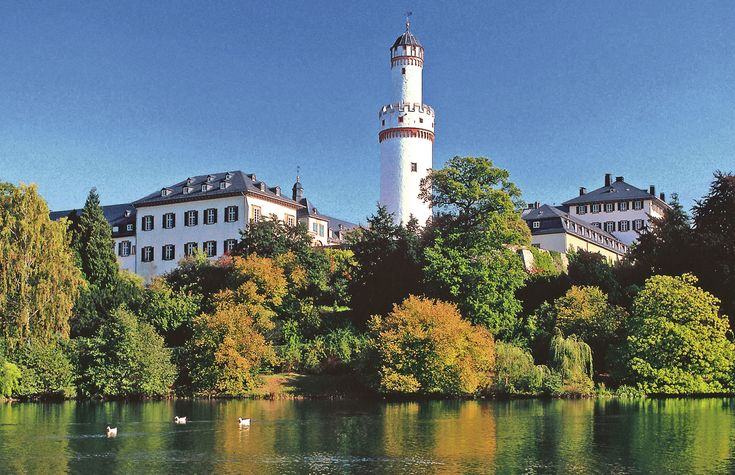 Schloss Bad Homburg mit Weissem Turm