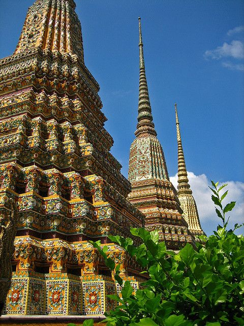 Wat Pho Temple in Bangkok, Thailand (by Buddhamountain).