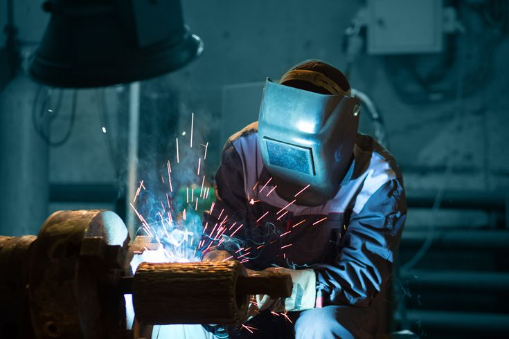 [INFOGRAPHIC] US Unemployment & Skilled Trades Demand & Unfilled Rate Over Time Manufacturing Welding