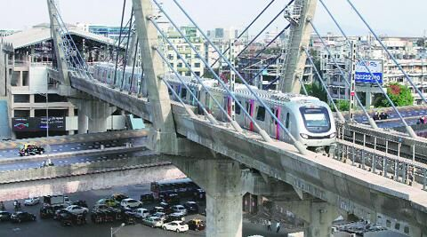 THANE STATION IS NEXT ON MUMBAI METRO'S LIST http://iexp.in/odX91274  pic.twitter.com/gJI5ljDVTf