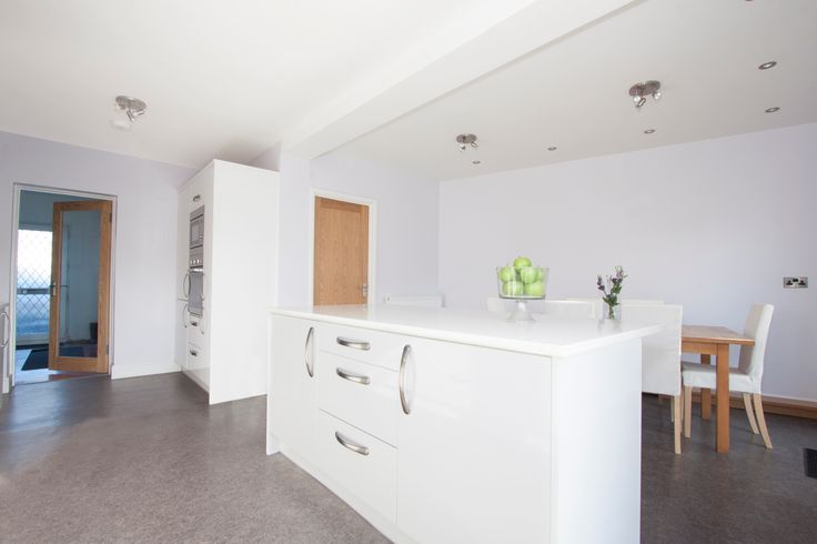 Number Eighty One - White High-Gloss Vinyl Flat Slab Kitchen Door With Arenastone