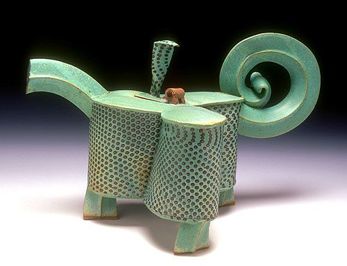 SIDEWAYS STUDIO - Dzi Teapot with Hinged Lid by Hayne Bayless