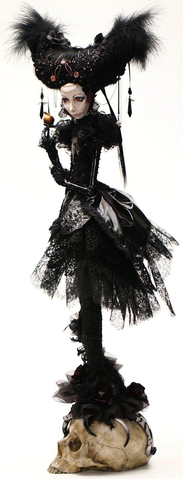 Evelyne Politanoff: 'Flawless' - The Enchanting World of Dolls