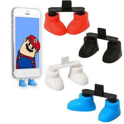 These are probably really common but it's the 1st time I've seen them! SO CUTE!! ||•||   Cartoon Shoes Anti Dust Jack Plug Cap 3.5mm Earphone for iPhone 5 5G