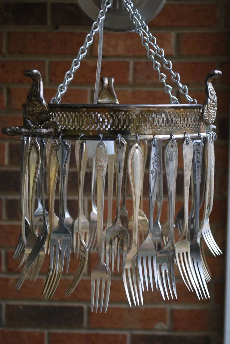 I totally love this... I'd love to hear it's music...: Idea, Chandelier, Windchimes, Silverware Windchime, Wind Chimes, Light