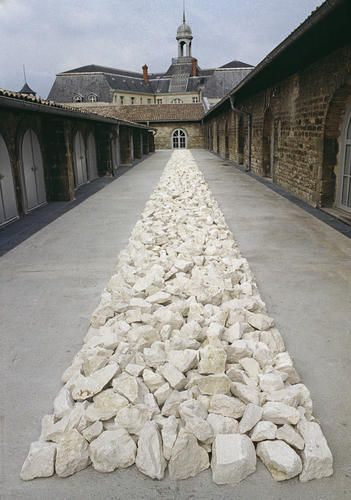 Richard Long, White Rock Line, 1990 Limestone 20x150x4000 cm