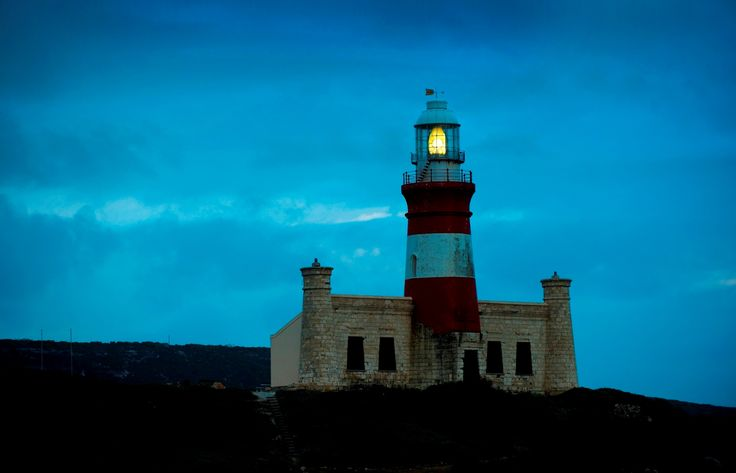 L'Agulhas lighthouse by night