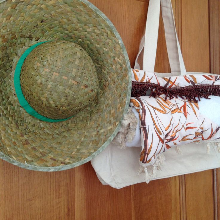 "Our ""bamboo"" round towel wrapped up in her back! Stylish beach towels by #aloha_beaches."