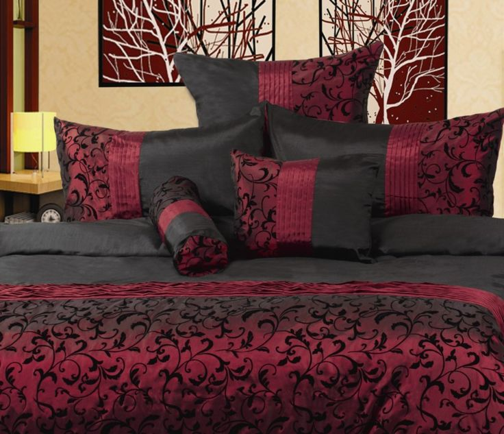 17 best ideas about burgundy bedroom on pinterest for Burgundy and gold bedroom designs