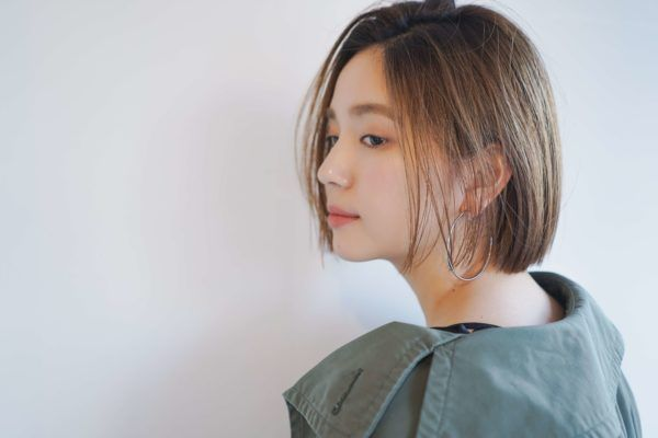 ストパでつくる切りっぱなしボブ 名古屋の美容室 Tsunagu ツナグ 服部 達哉のヘアスタイル 髪型 ヘアカタログ Lala ララ 前髪なし ボブ 髪型 ブラントヘアカット