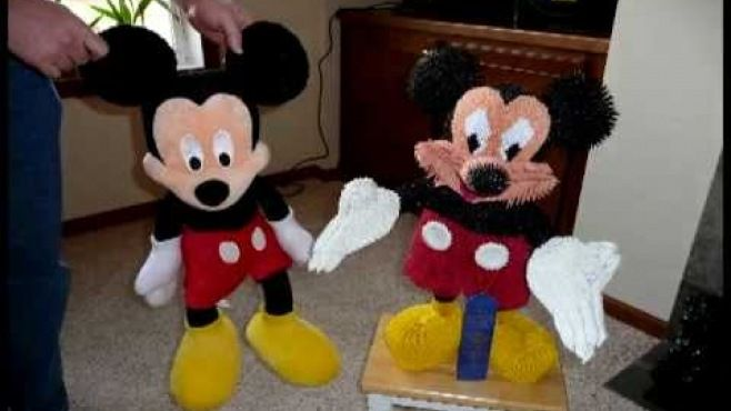 3D Origami - Mickey Mouse Karakteri Tasarımı - Japon kağıt katlama sanatı (3D Origami) - teknikleri, örnekleri ve ipuçlarını videolu anlatımı. Kağıttan Mickey Mouse yapımı