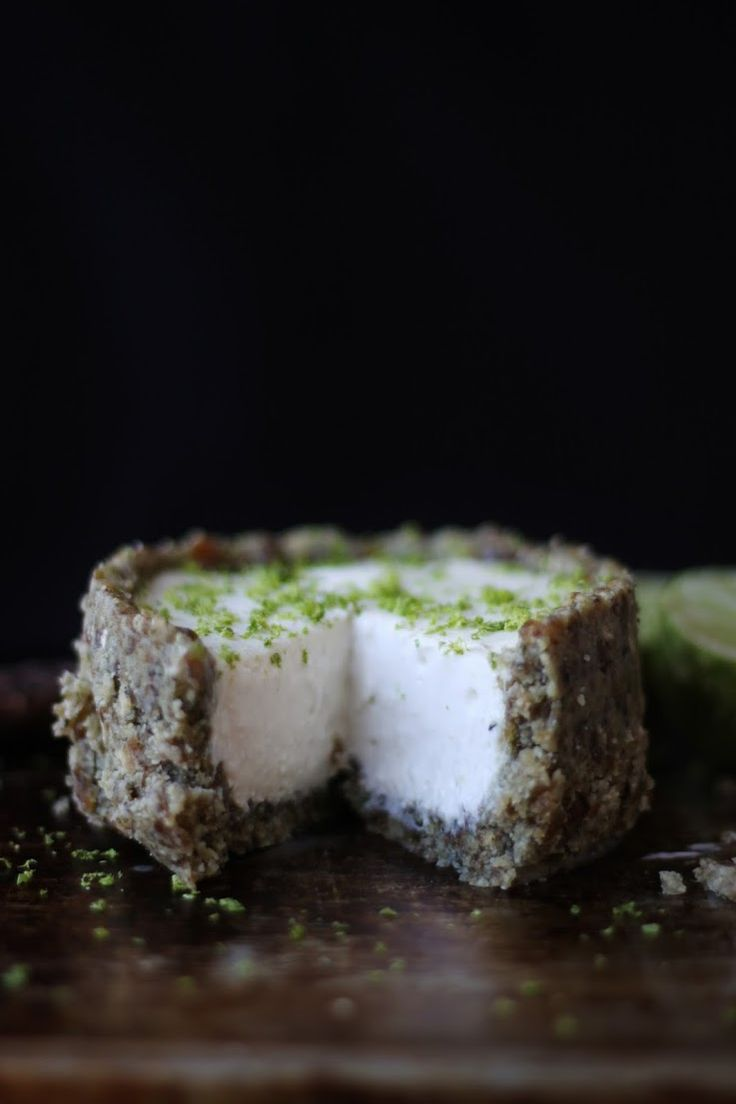Coconut Cream Lime Pie (raw, vegan)