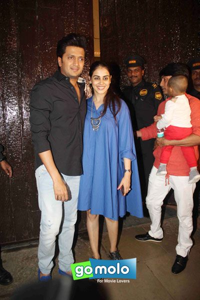 Riteish Deshmukh & Genelia D'Souza-Deshmukh at Aaradhya Bachchan's birthday bash at Pratiksha bungalow in Juhu, Mumbai