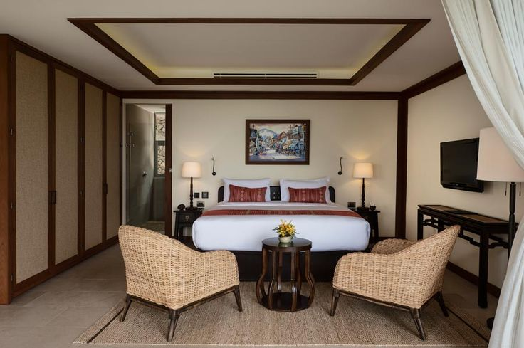 A spacious bedroom with a relax tone designed will make you stay in day and night.  http://www.thesamuivillas.com/villa/villa-avasara-koh-samui/