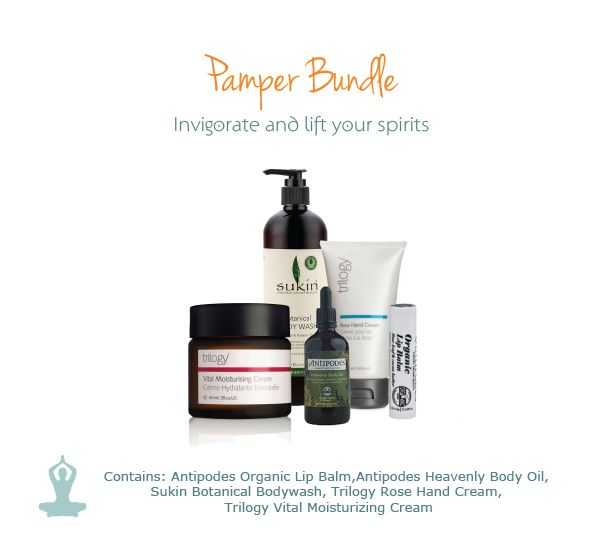 Give someone you love this gorgeous natural skincare Pamper Bundle.