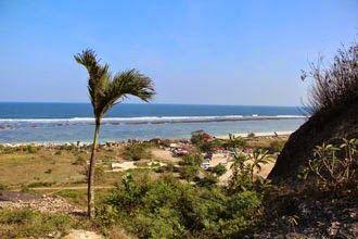 Bali Surf Guide: Pandawa BeachBali Pandawa Beach is a relatively ...