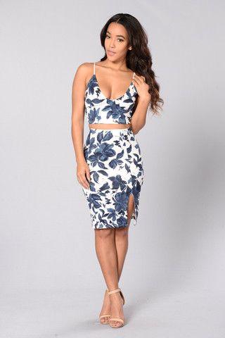 Floral Glamour Skirt - Ivory/Navy