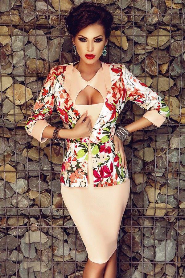 £: Completo giacca fiorata - vestito rosa - apertura sul decolte - COMPLETI & SPEZZATI - Abbigliamento » Moda Mania