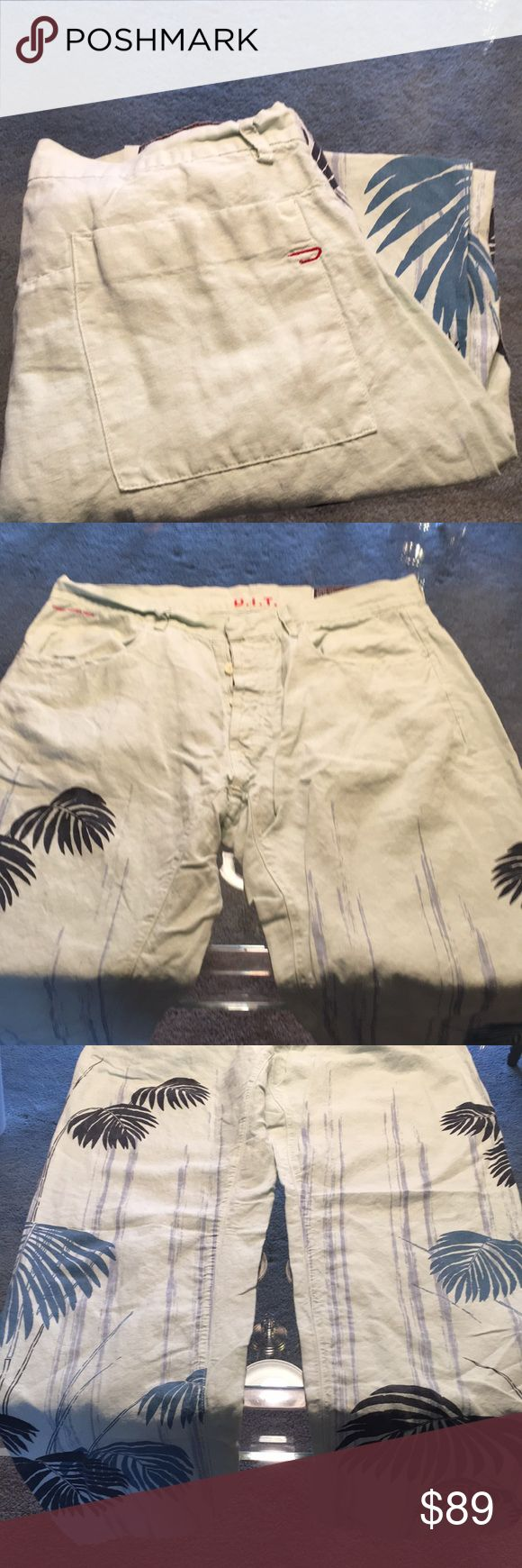 ⭐️DIESEL MENS PRINTED PANTS 💯AUTHENTIC ⭐️DIESEL MENS PRINTED PANTS 💯AUTHENTIC . TRUE HIGH END STYLE AND LUXURY. COMFORTABLE LINEN PANTS. PURCHASED  AT THE DIESEL BOUTIQUE. THE SIZE IS 36 AND THE INSEAM IS 33 INCHES.  LIGHT BOTTOM OF LEG SMUDGES BUT STILL AMAZING. WHAT STYLISH PANTS! STRAIGHT LEG Diesel Pants
