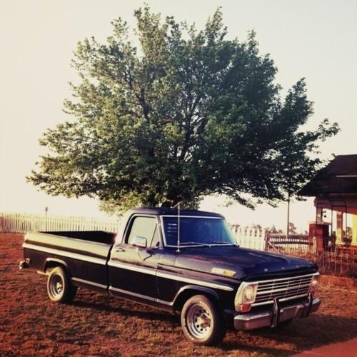 Best 25+ Old Pickup Trucks Ideas On Pinterest
