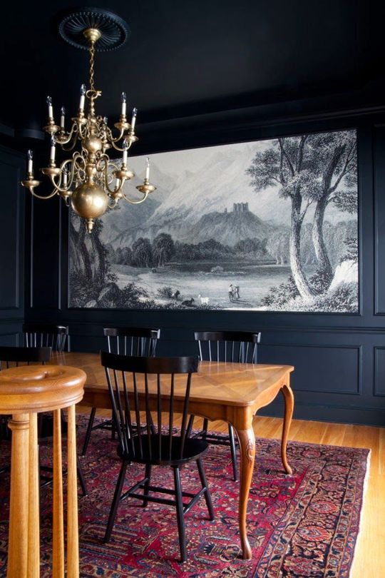 Whether you're living in an Italian Palazzo or a modern American home, nothing makes a room quite like a full-wall art installation. If you're not convinced, check out these eleven gorgeous examples of rooms where murals completely steal the show.