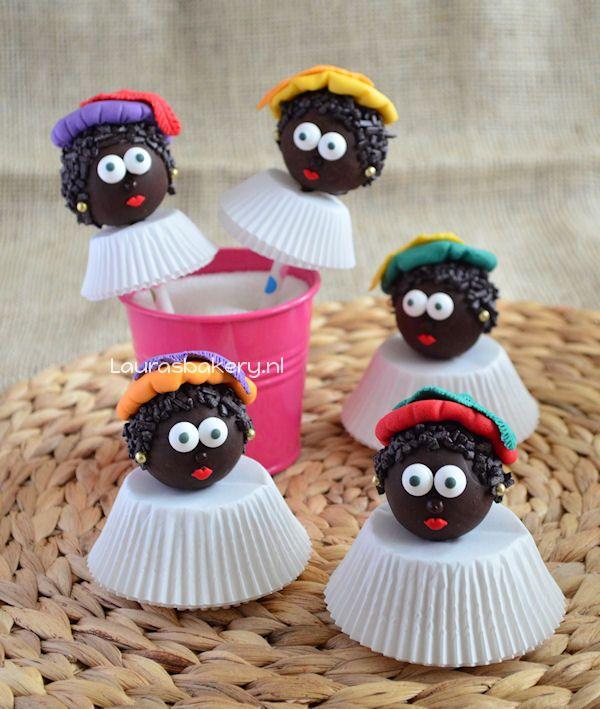 Zwarte pieten cake pops en cupcakes