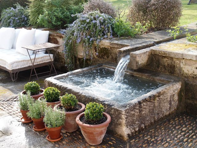 A Simple Water Feature In Vicki Archer S Stunning Garden Provence Via French Essence