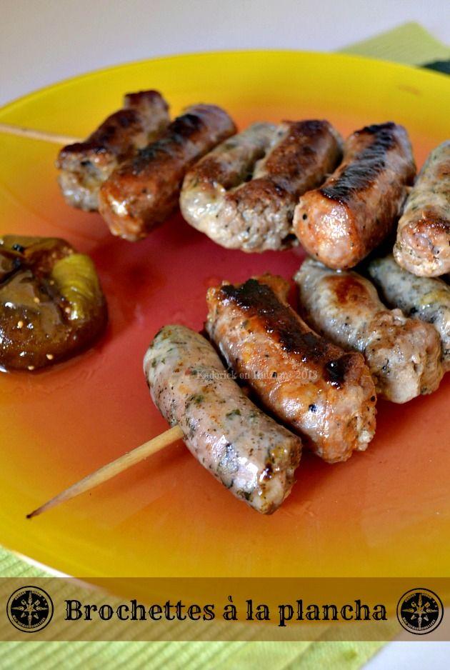 Brochettes aux 3 saucisses à la plancha, saucisse de Toulouse, saucisse aux herbes et chorizo