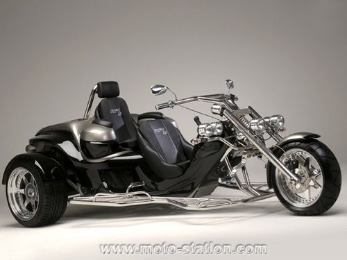 dossier 3 et 4 roues trike rewaco rf1 le pionnier accessibles aux permis auto trikes. Black Bedroom Furniture Sets. Home Design Ideas