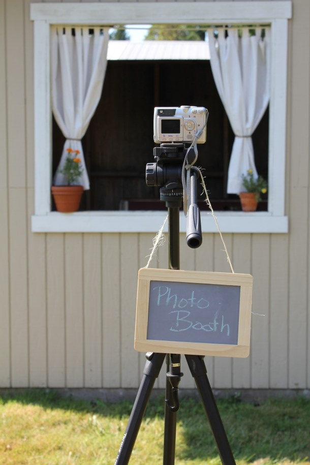 Simple Photobooth Set Up Camera On Tripod Use The Phone So Guests Can Their Own And Upload Using Wedding App