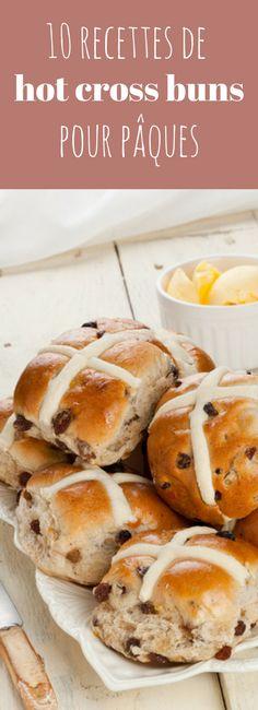 Le Hot Cross Bun est une spécialité de Pâques typique chez nos cousins British. Il s'agit de petits pains sucrés aux épices et aux raisins marqués d'une croix sur le dessus, traditionnellement dégustés le vendredi saint. En voici 10 recettes !