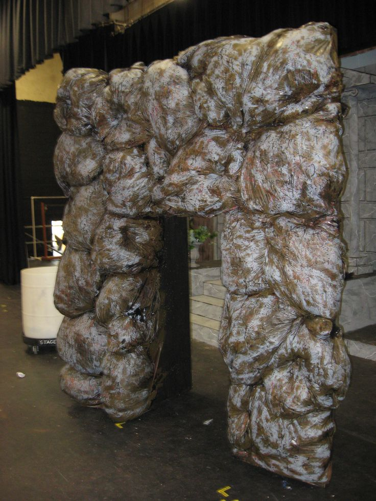 Best 25 expanding foam ideas on pinterest cosplay armor for Papier mache rocks