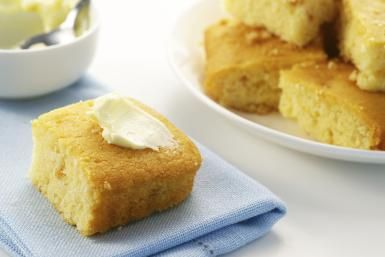 Easy cornbread recipe - TheCrimsonMonkey / Getty Images
