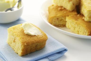 Easy cornbread recipe - TheCrimsonMonkey / Getty Images