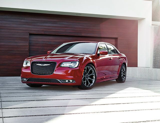 2016 Chrysler 300 | Chrysler Mobile