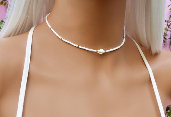 mermaid choker simple delicate choker Minimalist choker necklace dainty thin choker bohemian choker tiny seashell choker necklace