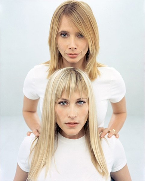 Rosanna & Patricia Arquette.  Brother is David Arquette.