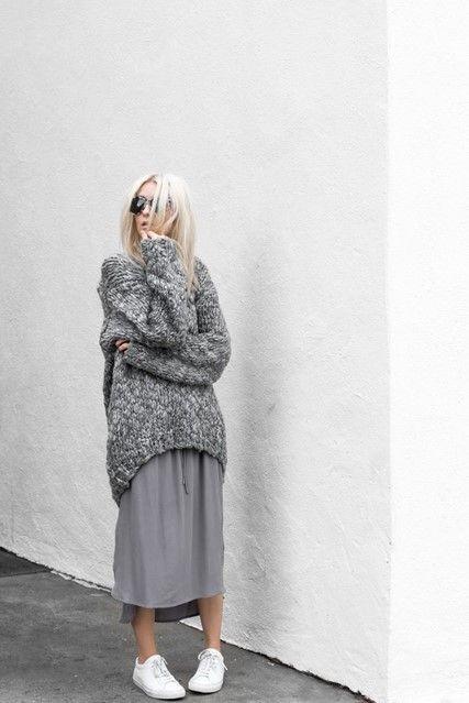 Favoriete Witte gympen draag je met een lange rok/ winter/ herfst. | | style #GQ01