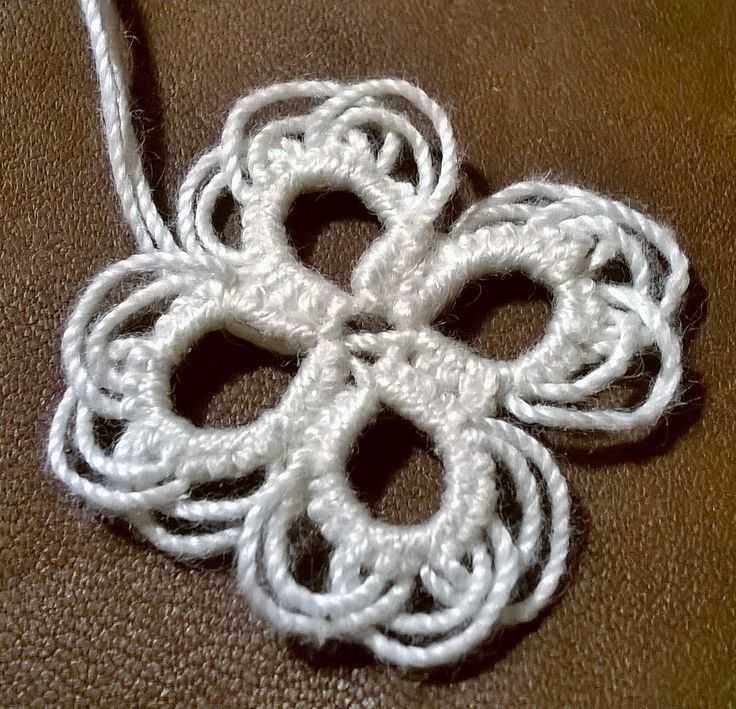 Frilly petals - tatted lace flower - made with overlaped long picots