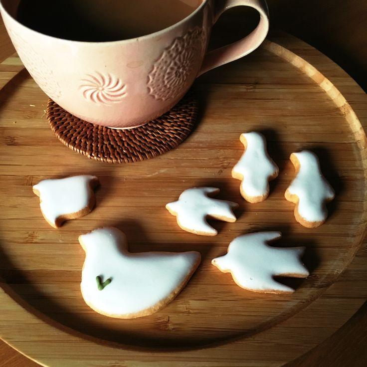 浅草観音裏にあるルスルス🕊 鳥がモチーフのアイシングクッキー🕊 カフェも併設〜お茶も出来ます☕️  #おやつ #クッキー #手土産 #わたしの街 #浅草 #カフェ